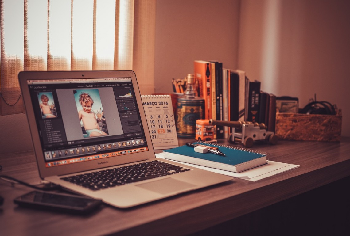 How to Launch Your Freelancing Career Without Using Upwork